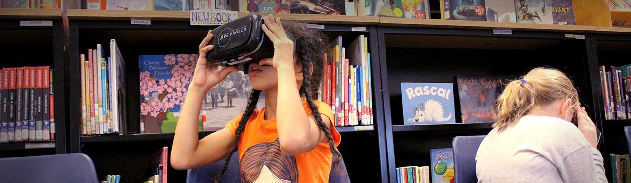 Student using virtual reality headset
